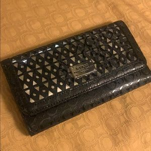 🌷Ladies' Black and Silver Guess Wallet